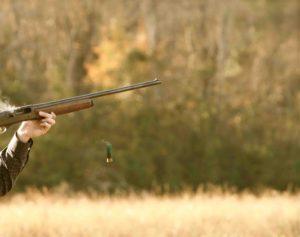 Best practices to grip a shotgun